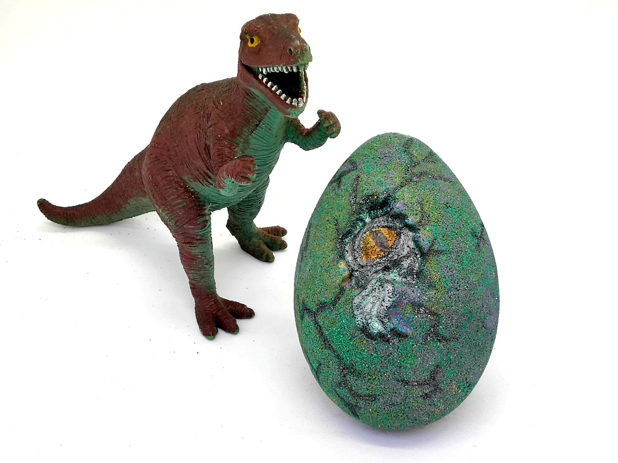 Hatching Dino (with mini Toy inside)