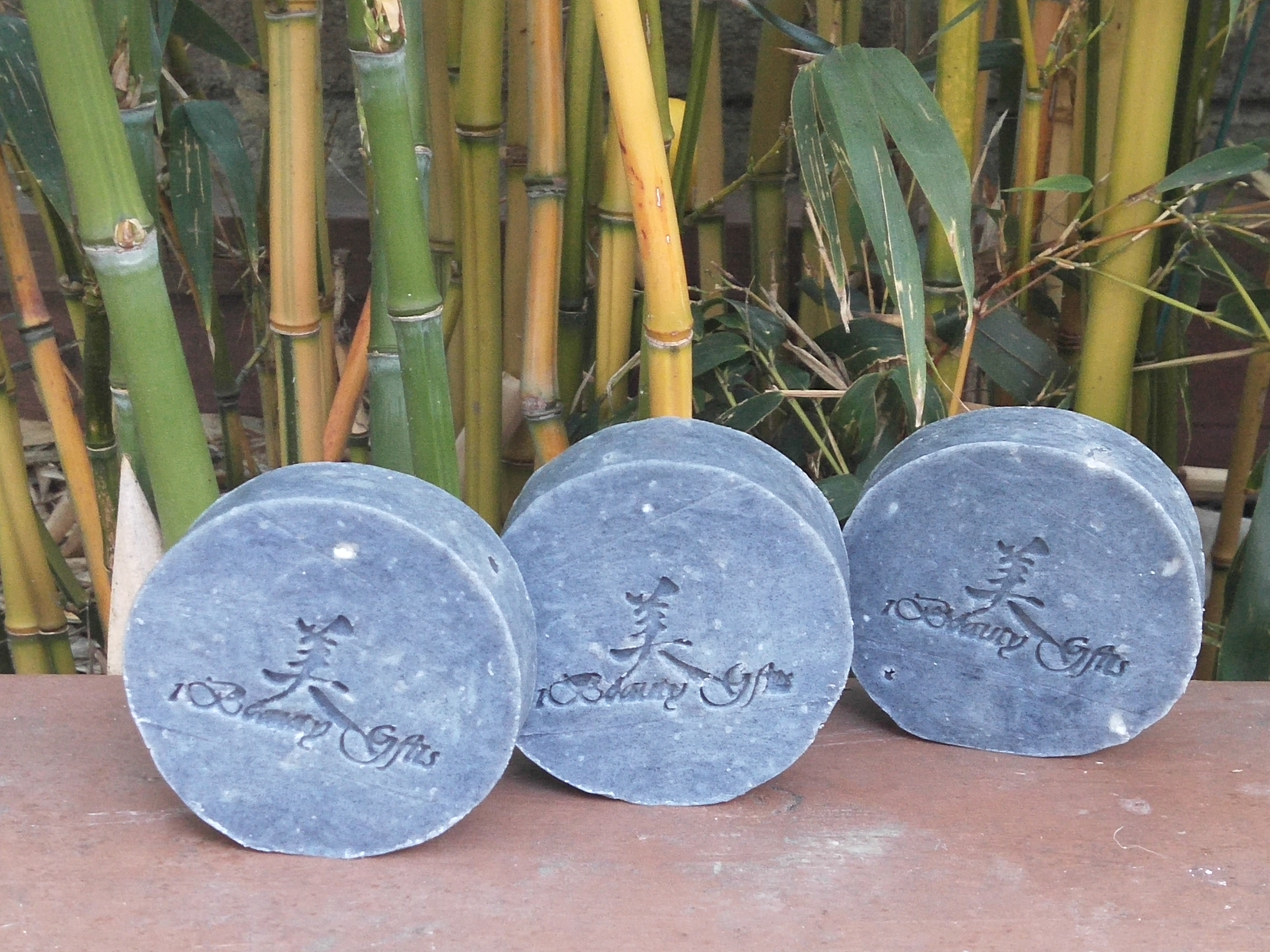 Activated Charcoal Tea Tree & Lavender Facial Soap